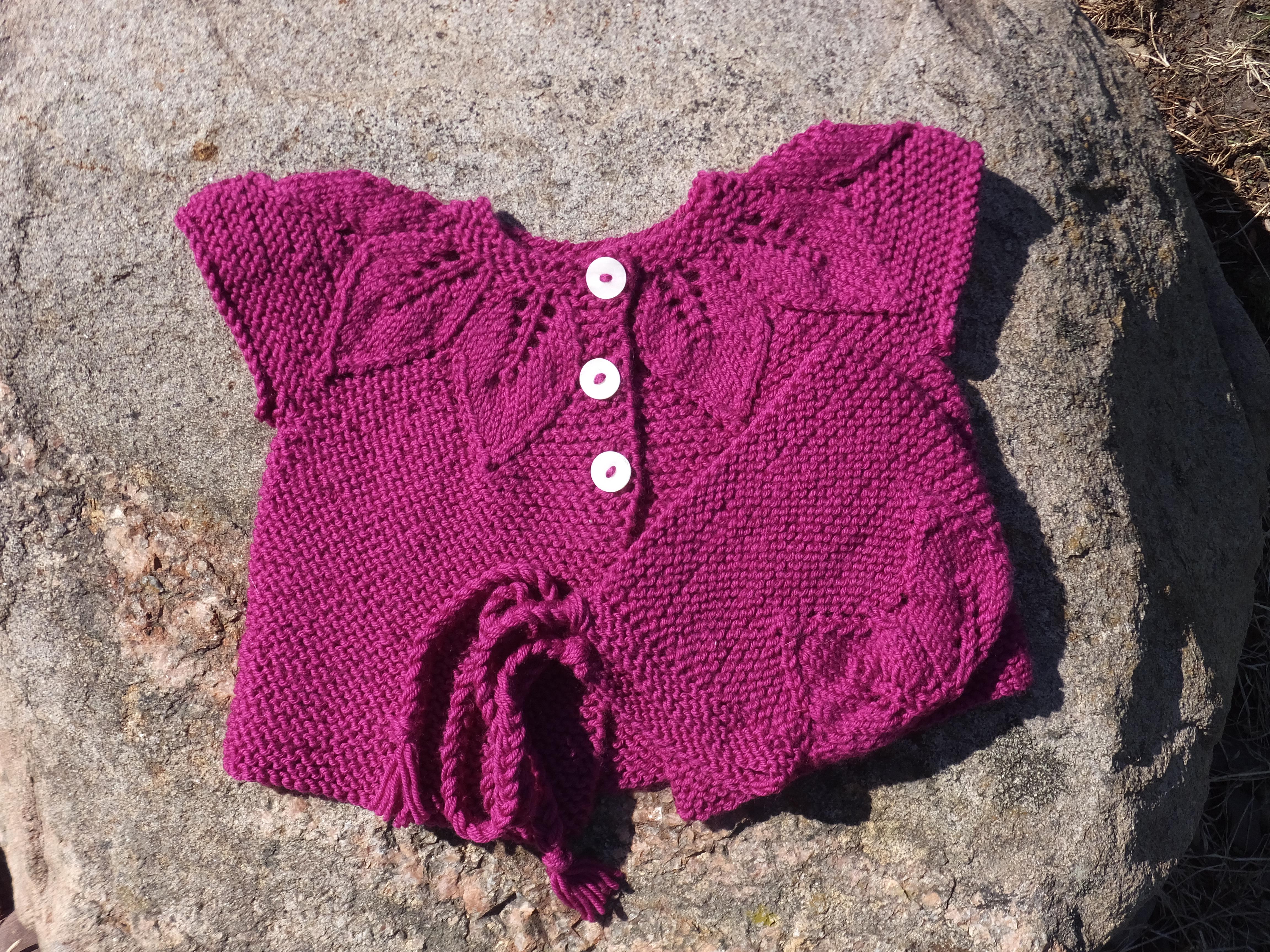 bbda3376f hand knit baby sweater